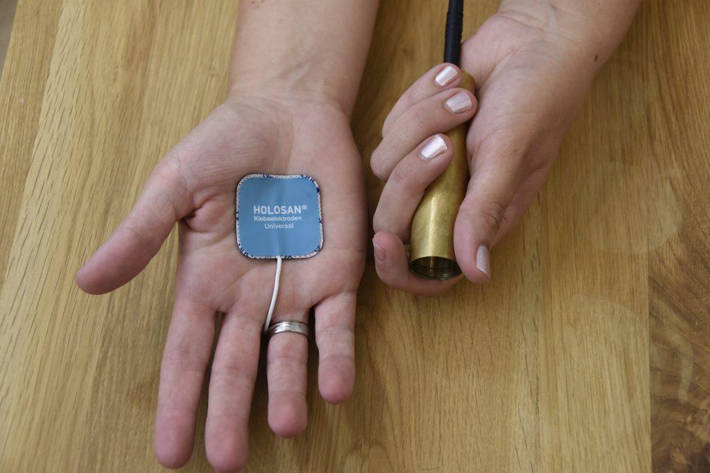 Klebe-Elektrode